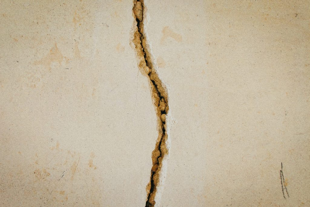 Crack in a wall image
