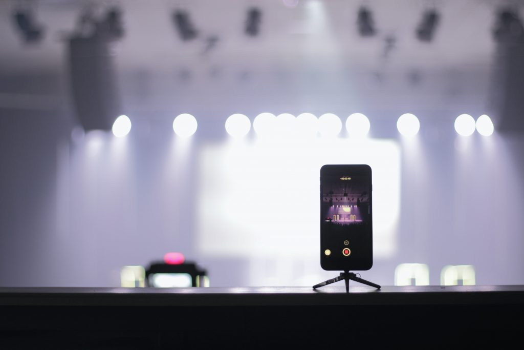 phone streaming concert